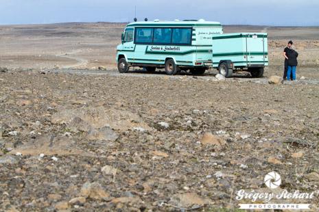 Pause au milieu du désert islandais