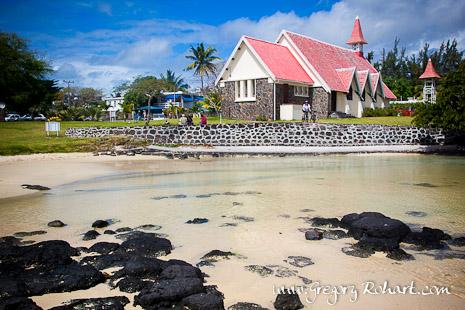 L'Eglise Notre-Dame-Auxiliatrice de Cap Malheureux