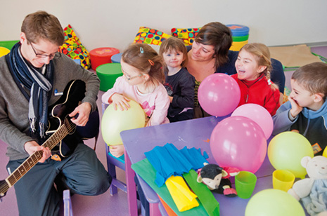 VTF accueille les enfants de 3 mois à 6 ans toute la saison et de 6 à 12 ans pendant les vacances scolaires.