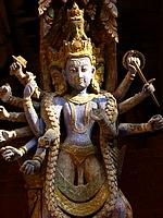 Patan - Mul Chowk - statue de Ganga