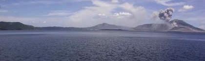 Dernier regard sur la caldeira de Rabaul, sur la route de Kokopo