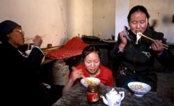 Repas de midi chez les nonnes de Wenshushan.
